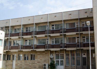 Парк Хотел Ивайло - изглед отстрани 3